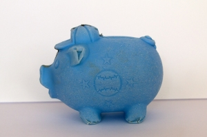 Beachcombing Find: Blue Piggy Bank from Guatemala (looking left)