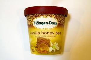 Vanilla Honey Bee Ice Cream