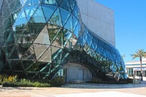 Dali Museum's Unique Glass