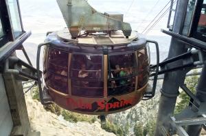 Rotating Aerial Tramway Car