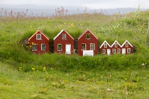 Strandarkirkja Foot-High Elf Houses