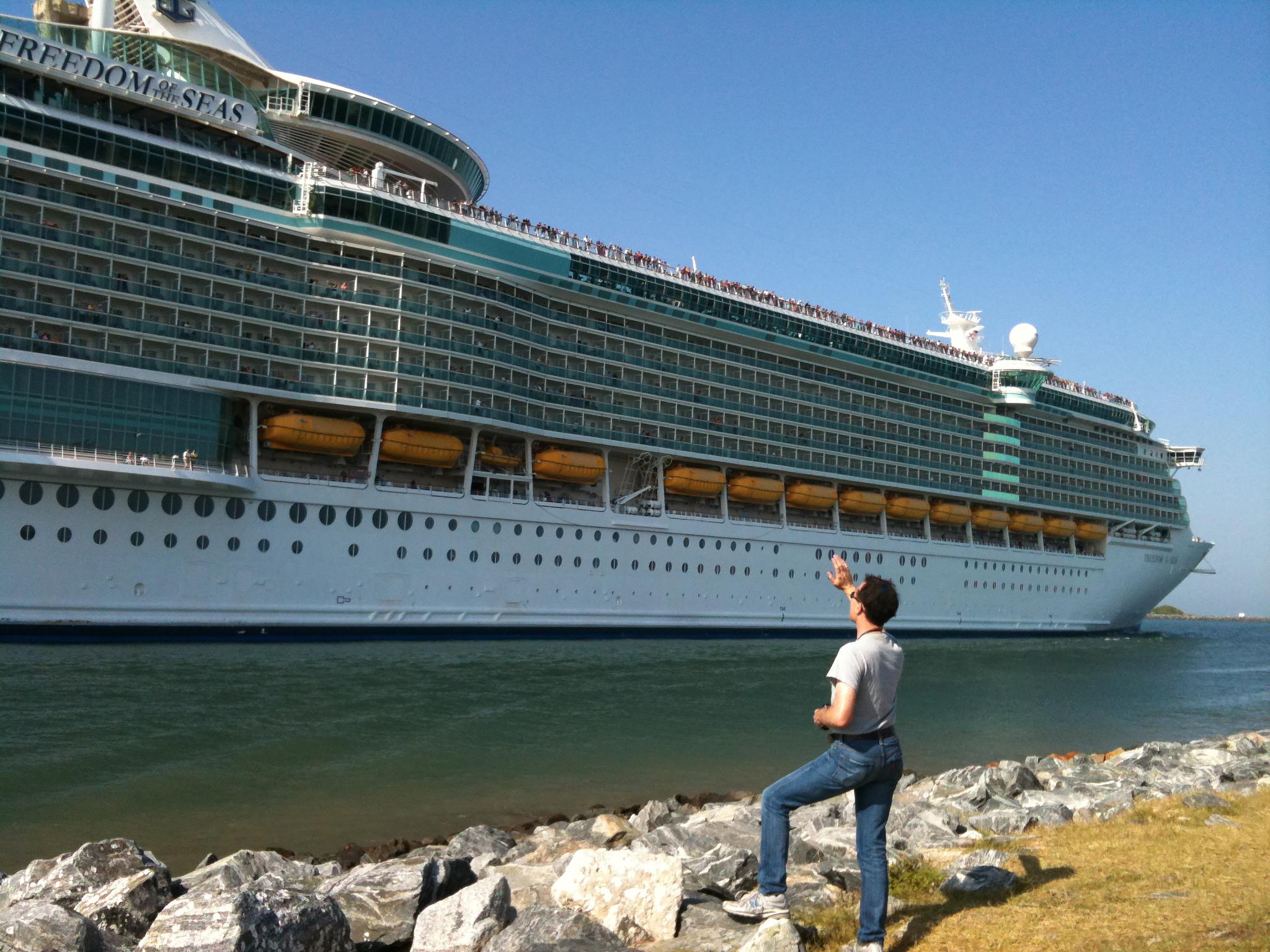 Cruise Ship Departure Past Jetty Park  Naturetime