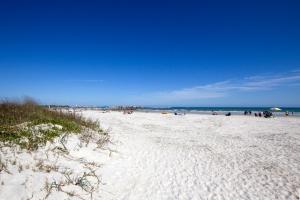 Jetty Park's Wide Sandy Beach