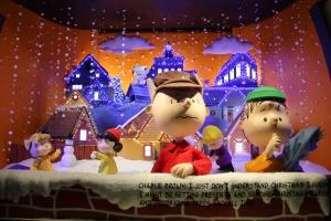 Macy's Peanuts Window 3