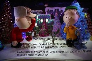 Macy's Peanuts Window 7
