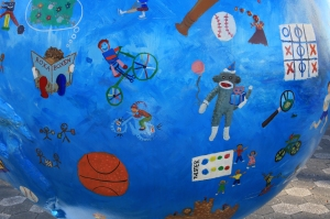 Details of Children's Globe