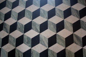 Cube Design of Trompe l'oeil (fool-the-eye) Flooring