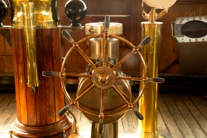 Hydraulic Steering Wheel Turns 40-Ton Rudder
