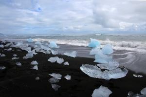 Stunning Jokulsarlon Ice Beach