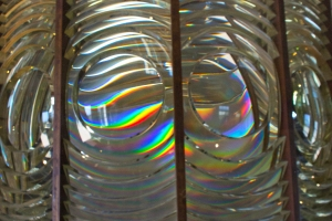 Prismatic Colors of Fresnel Lens